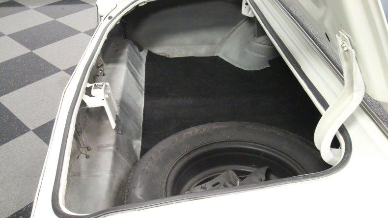1972 Chevrolet Monte Carlo 38