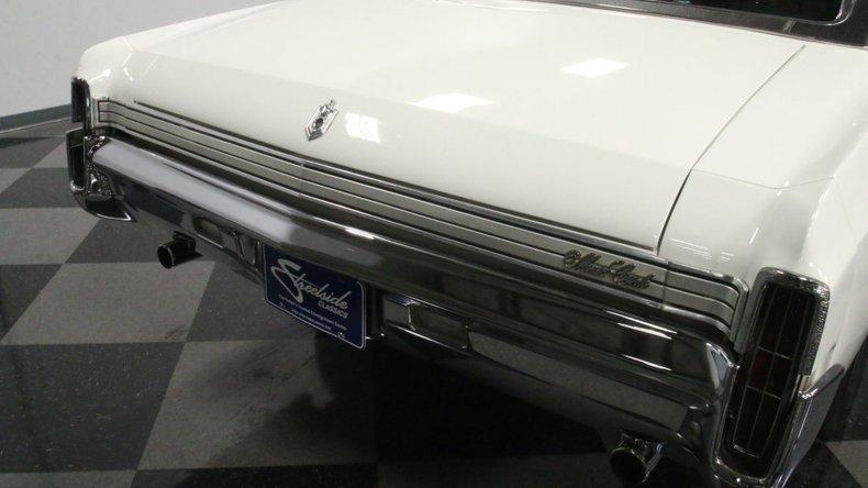 1972 Chevrolet Monte Carlo 28
