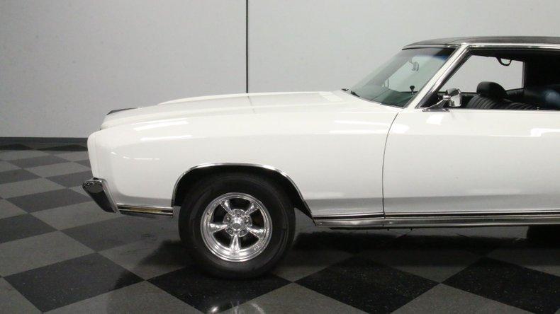 1972 Chevrolet Monte Carlo 24