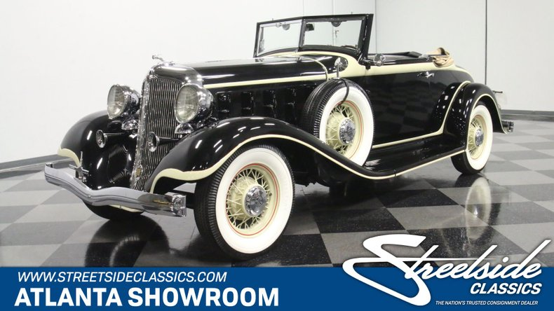 1933 Chrysler Imperial 1