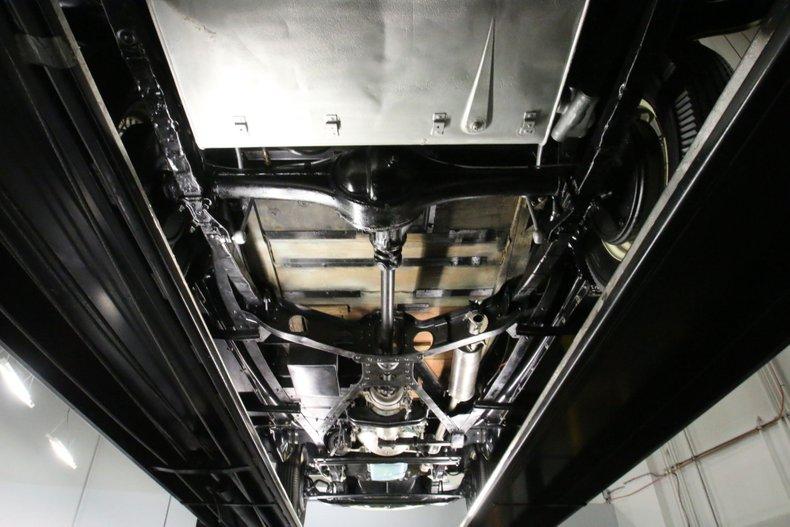 1933 Chrysler Imperial 58