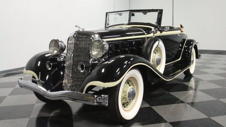 1933 Chrysler Imperial 5
