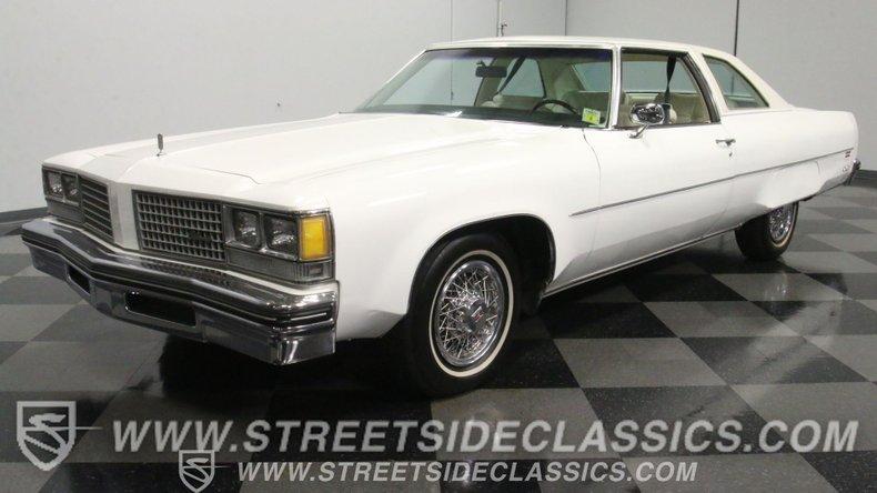 For Sale: 1976 Oldsmobile 98 Regency