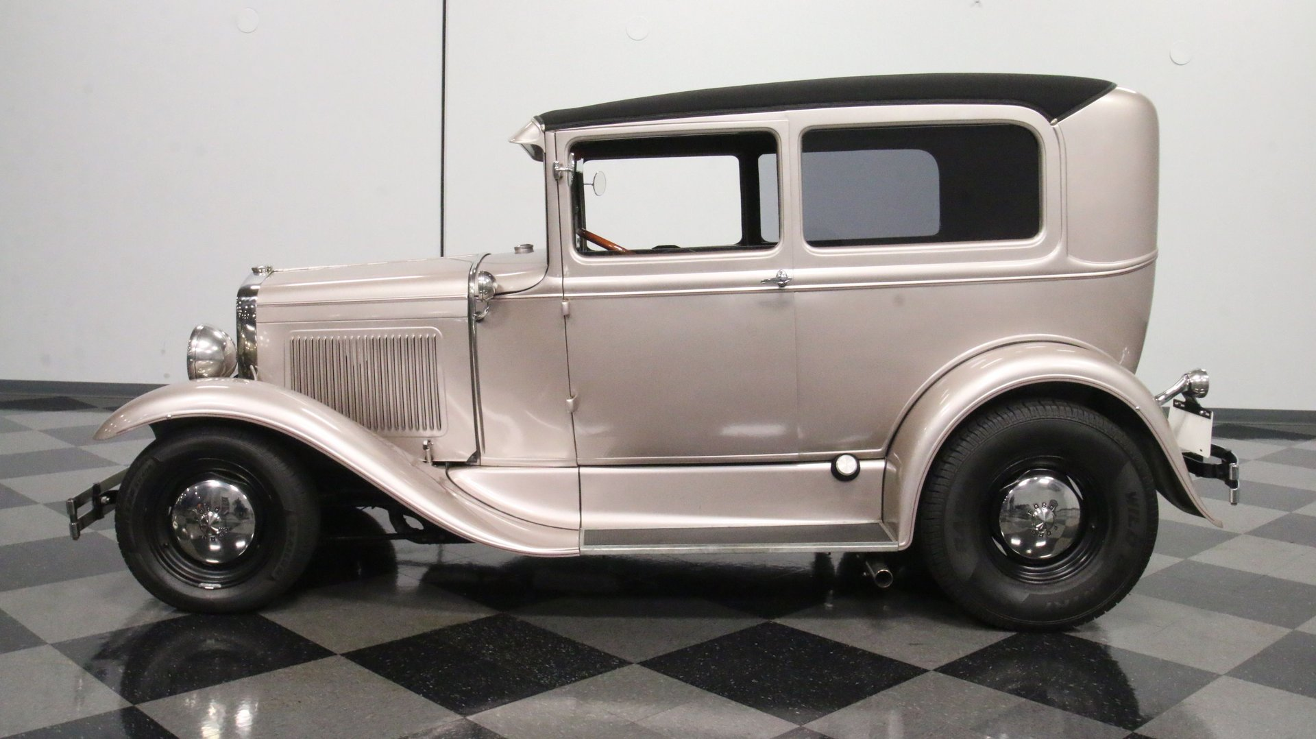 1930 ford tudor sedan