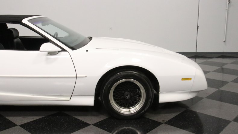 1992 Pontiac Firebird 32