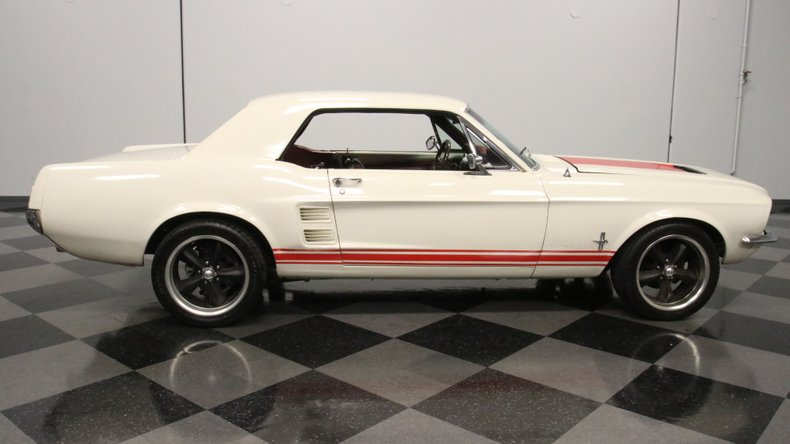1967 Ford Mustang 16