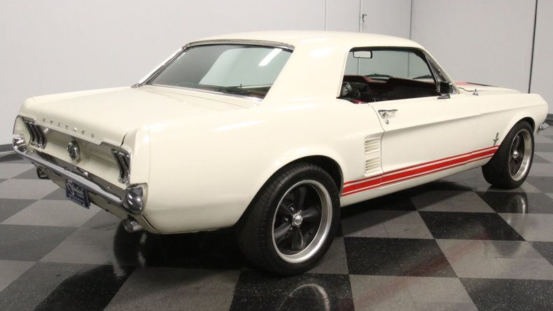 1967 Ford Mustang 15