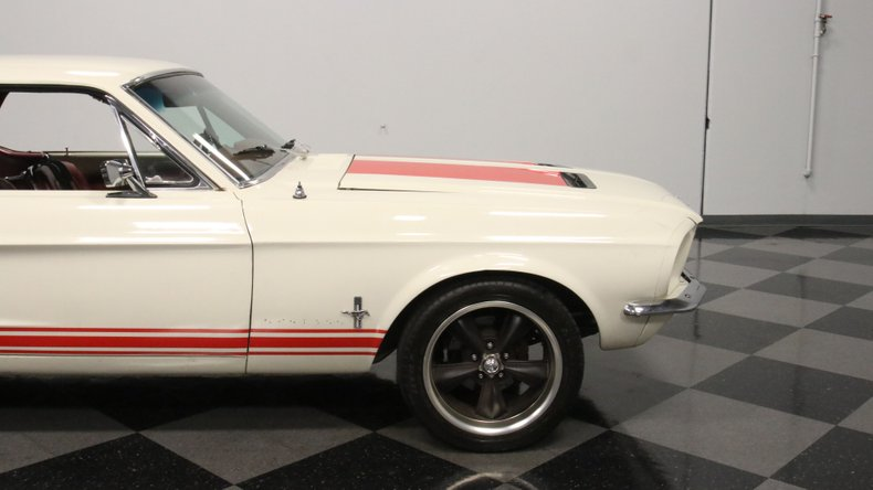 1967 Ford Mustang 33