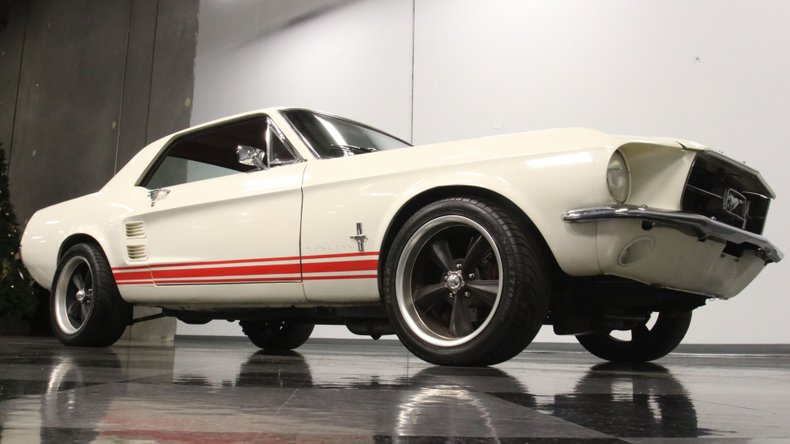 1967 Ford Mustang 34