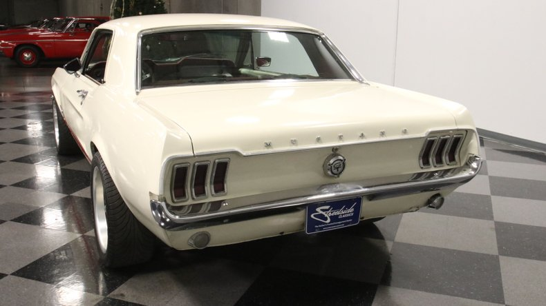 1967 Ford Mustang 11