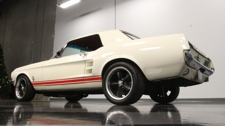 1967 Ford Mustang 27