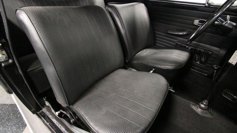 1967 Volkswagen Beetle 52