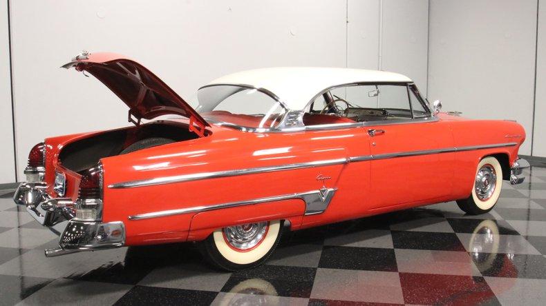 1954 Lincoln Capri 37