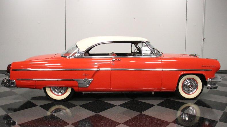 1954 Lincoln Capri 15
