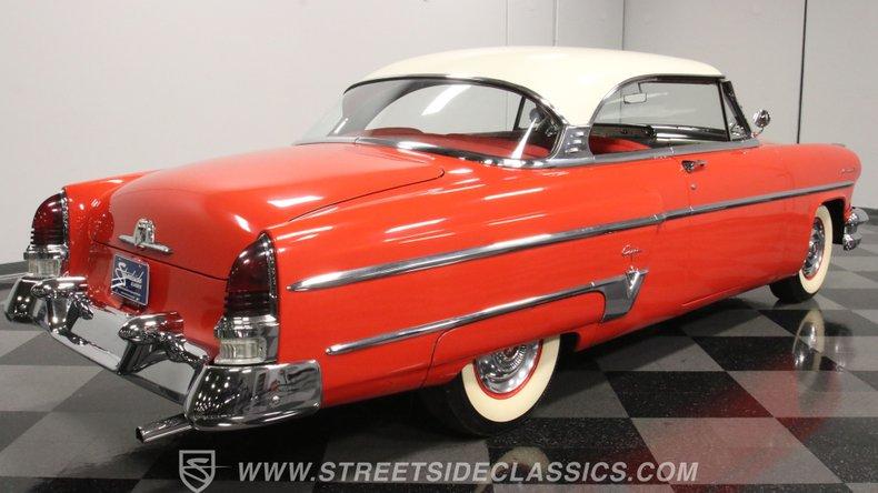 1954 Lincoln Capri 14
