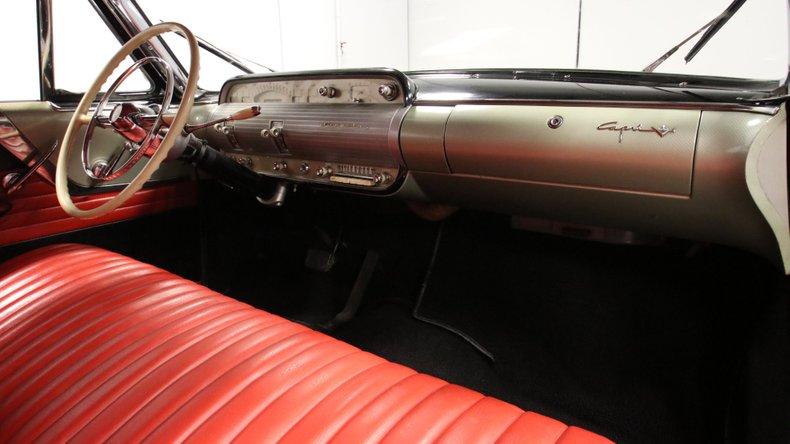 1954 Lincoln Capri 54
