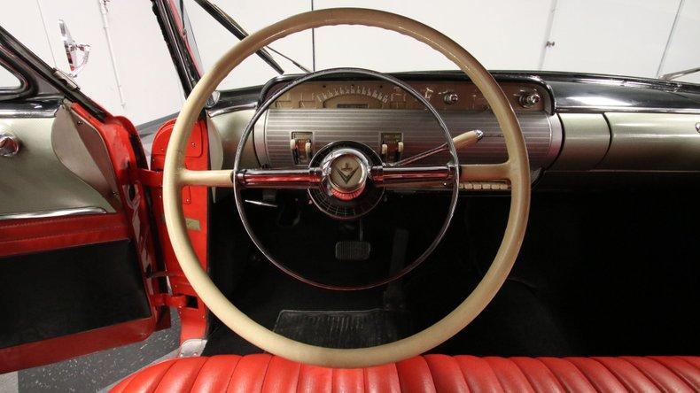 1954 Lincoln Capri 44