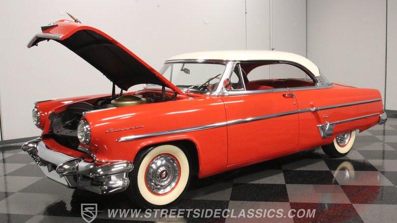 1954 Lincoln Capri 34