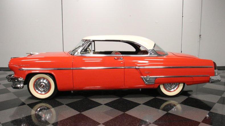 1954 Lincoln Capri 7