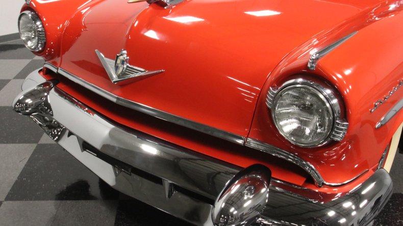 1954 Lincoln Capri 22