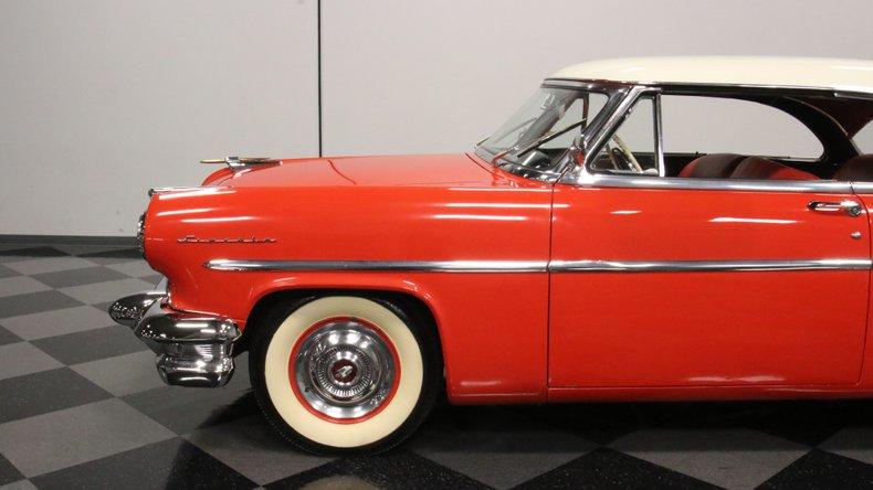 1954 Lincoln Capri 24