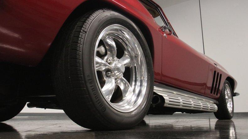 1966 Chevrolet Corvette 29