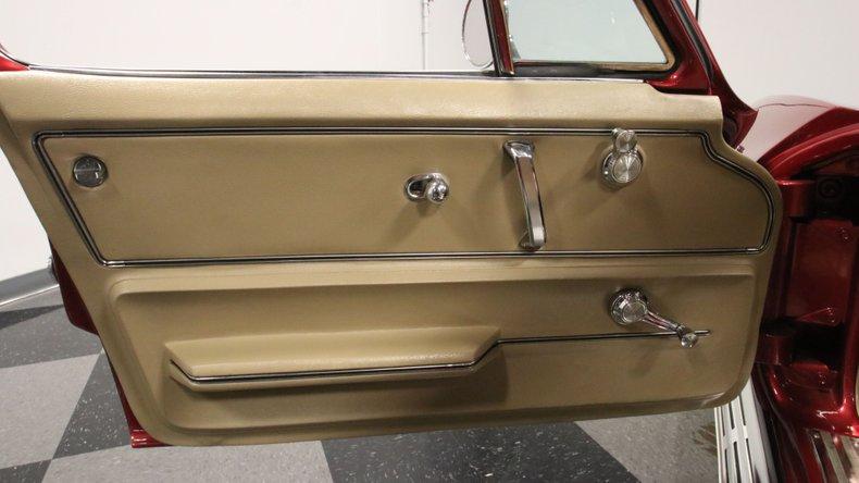 1966 Chevrolet Corvette 38