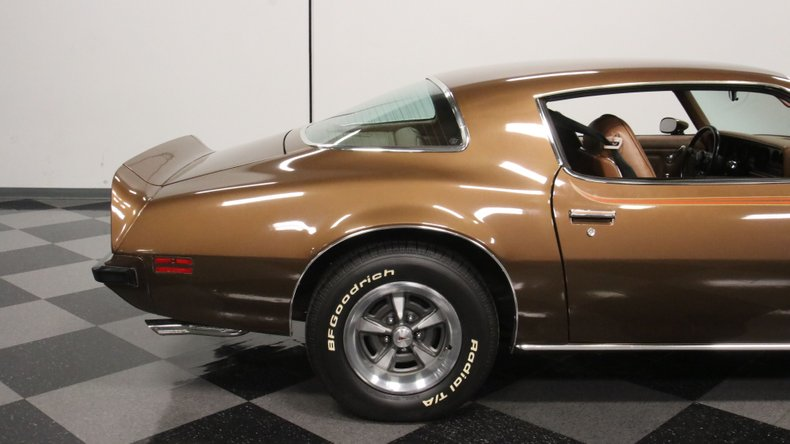 1975 Pontiac Firebird 31