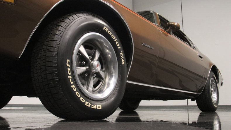 1975 Pontiac Firebird 23