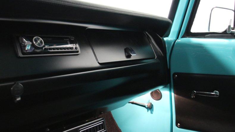 1971 Dodge D100 47