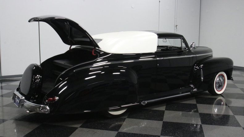 1947 Ford Deluxe 37