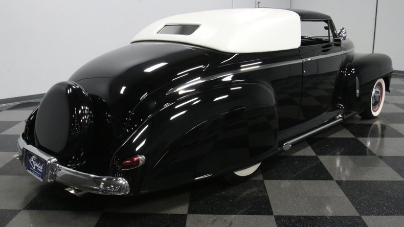 1947 Ford Deluxe 14