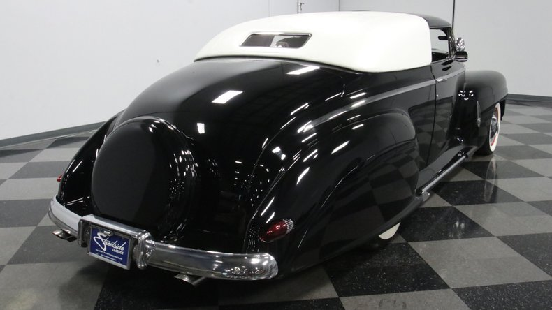 1947 Ford Deluxe 13