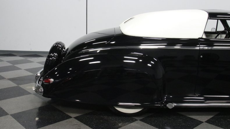 1947 Ford Deluxe 31