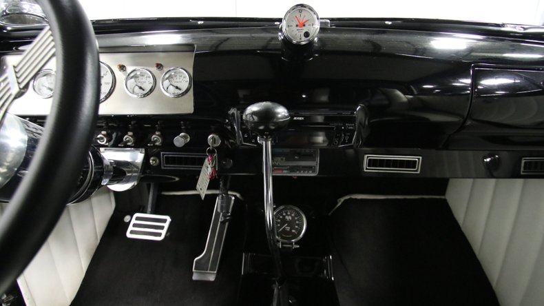 1947 Ford Deluxe 50