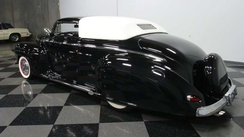 1947 Ford Deluxe 8
