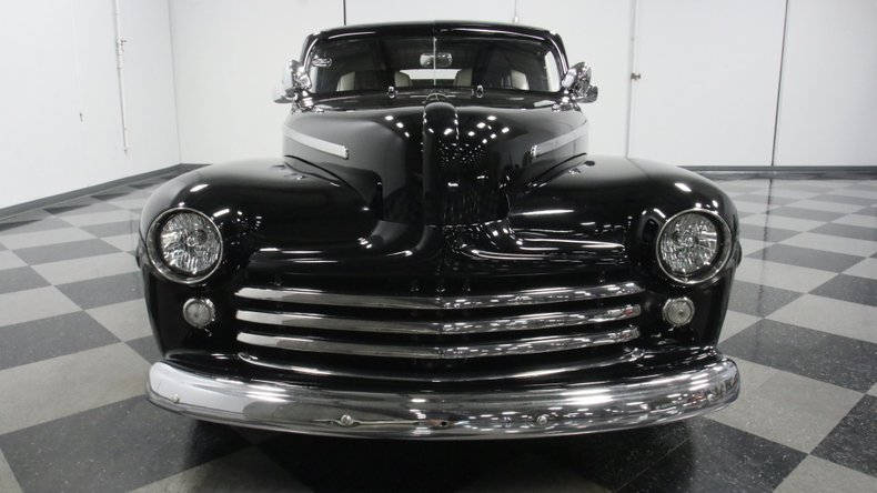 1947 Ford Deluxe 66