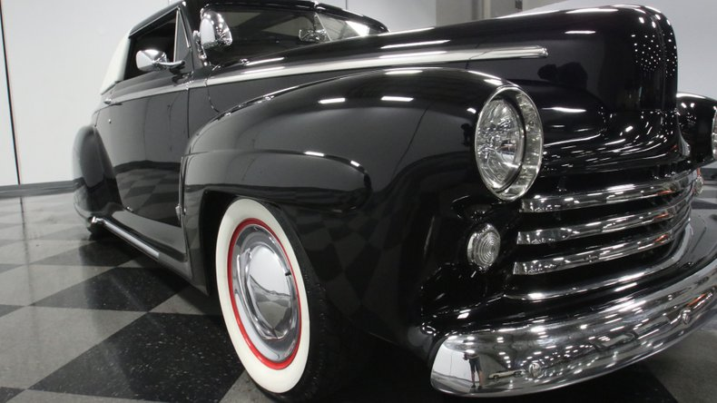1947 Ford Deluxe 67