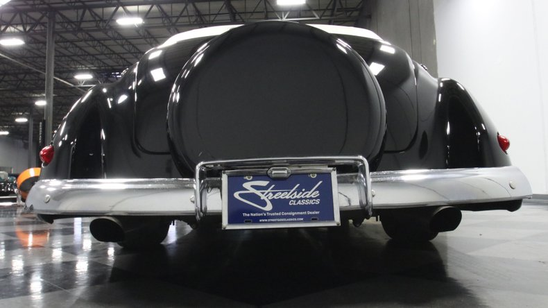 1947 Ford Deluxe 69