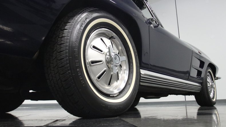 1964 Chevrolet Corvette 29
