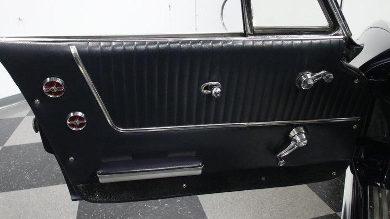 1964 Chevrolet Corvette 38