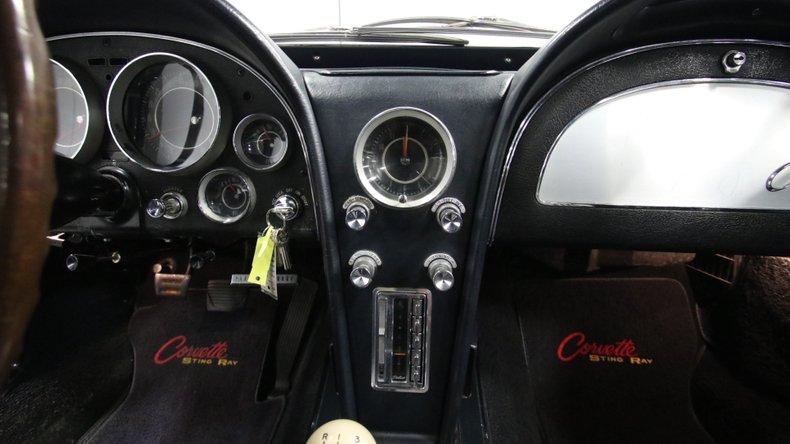 1964 Chevrolet Corvette 46