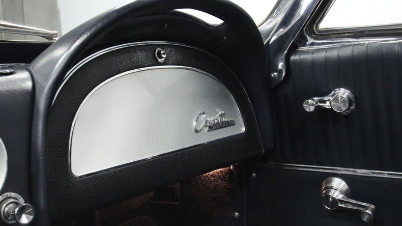 1964 Chevrolet Corvette 43