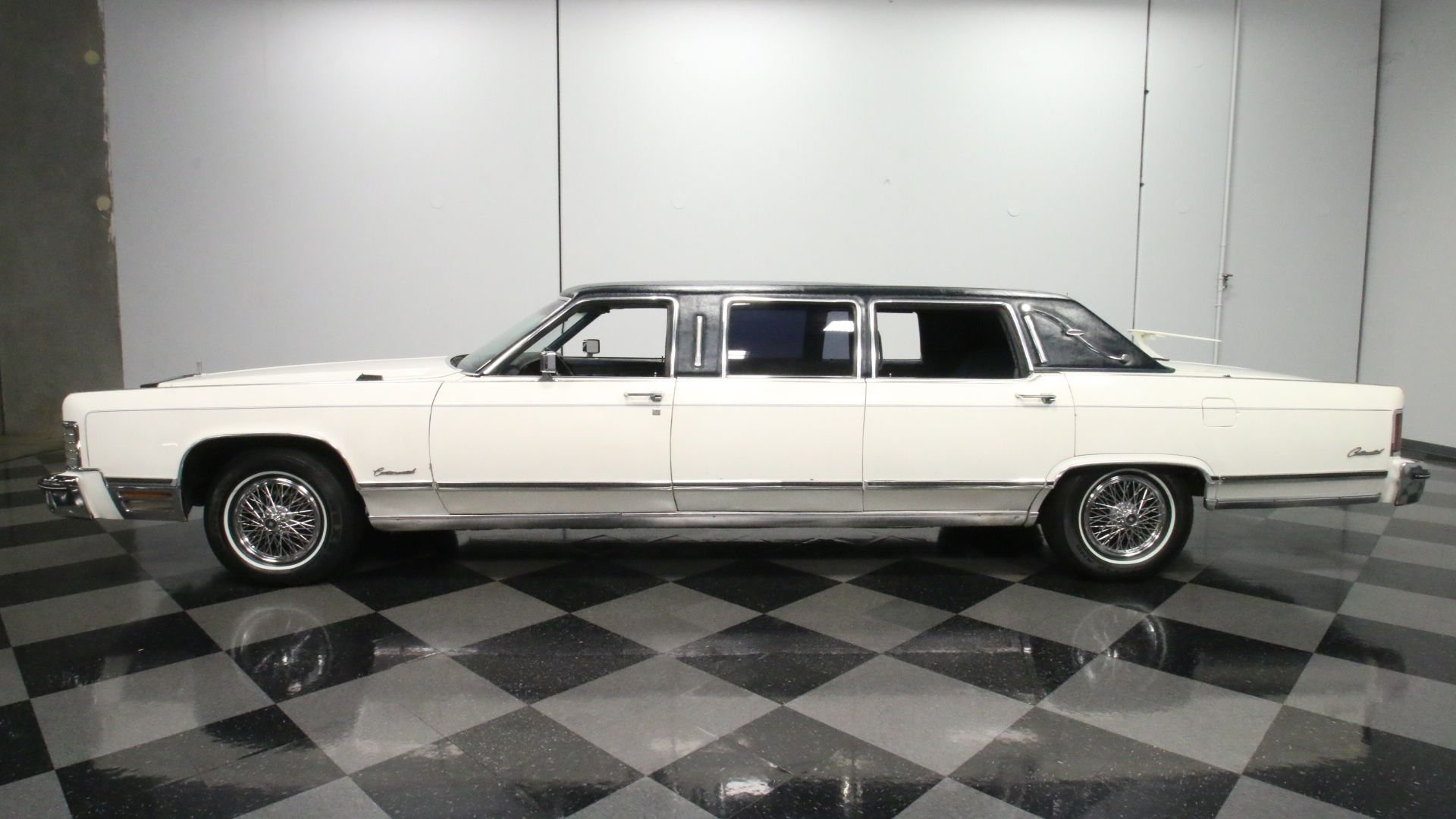 1975 lincoln continental limousine
