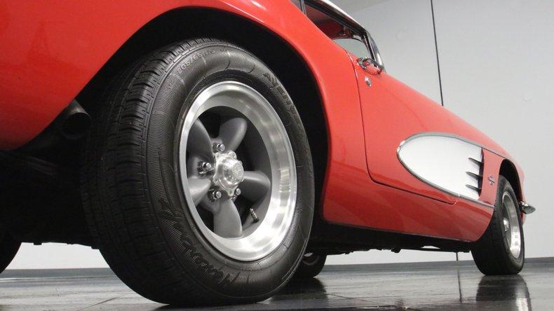 1961 Chevrolet Corvette 29
