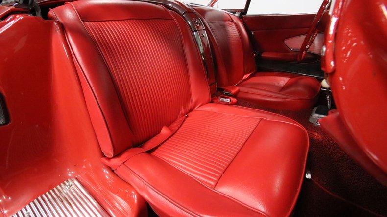 1961 Chevrolet Corvette 46