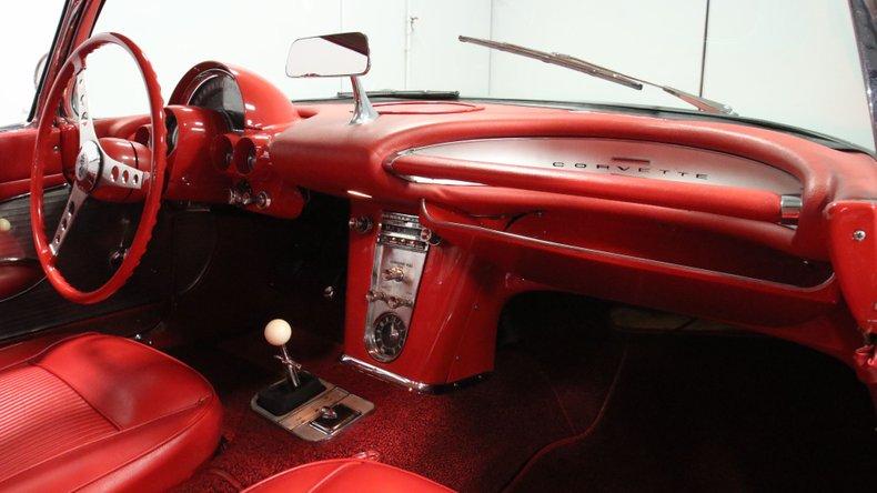 1961 Chevrolet Corvette 48