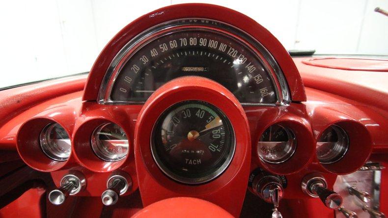 1961 Chevrolet Corvette 42
