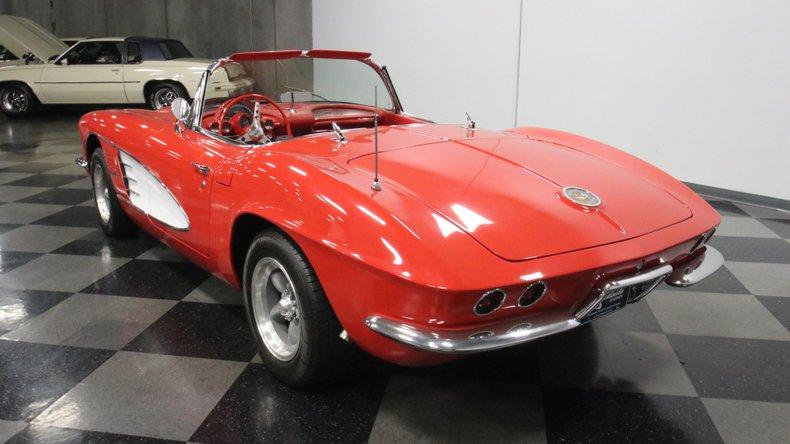 1961 Chevrolet Corvette 9