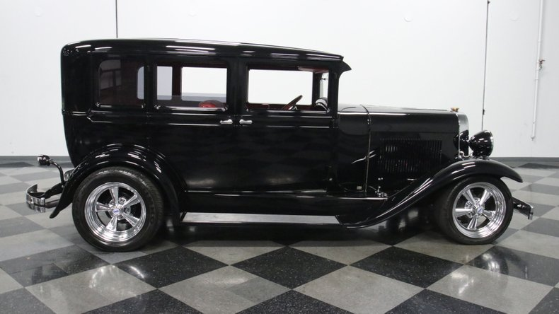 1929 Oldsmobile 4 Door Sedan Restomod 15